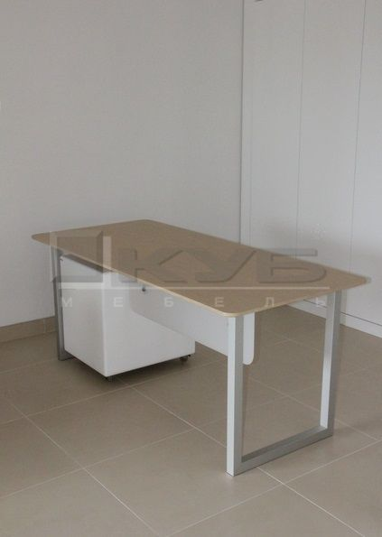 stol-rabochij-2-1
