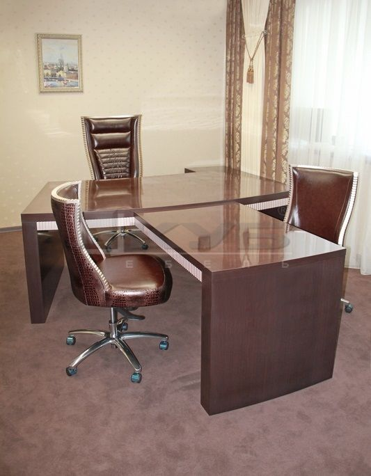 kabinet-versal-1