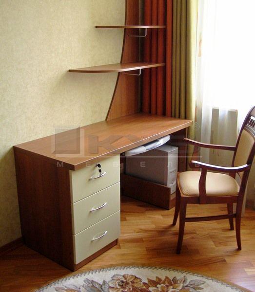 stol-kompjuternij-1